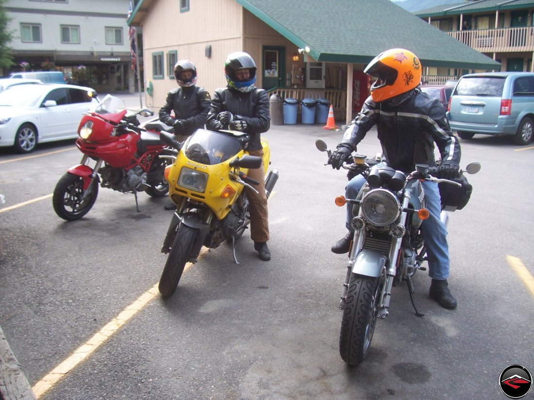 motorcycles stopped at The Anglers Inn