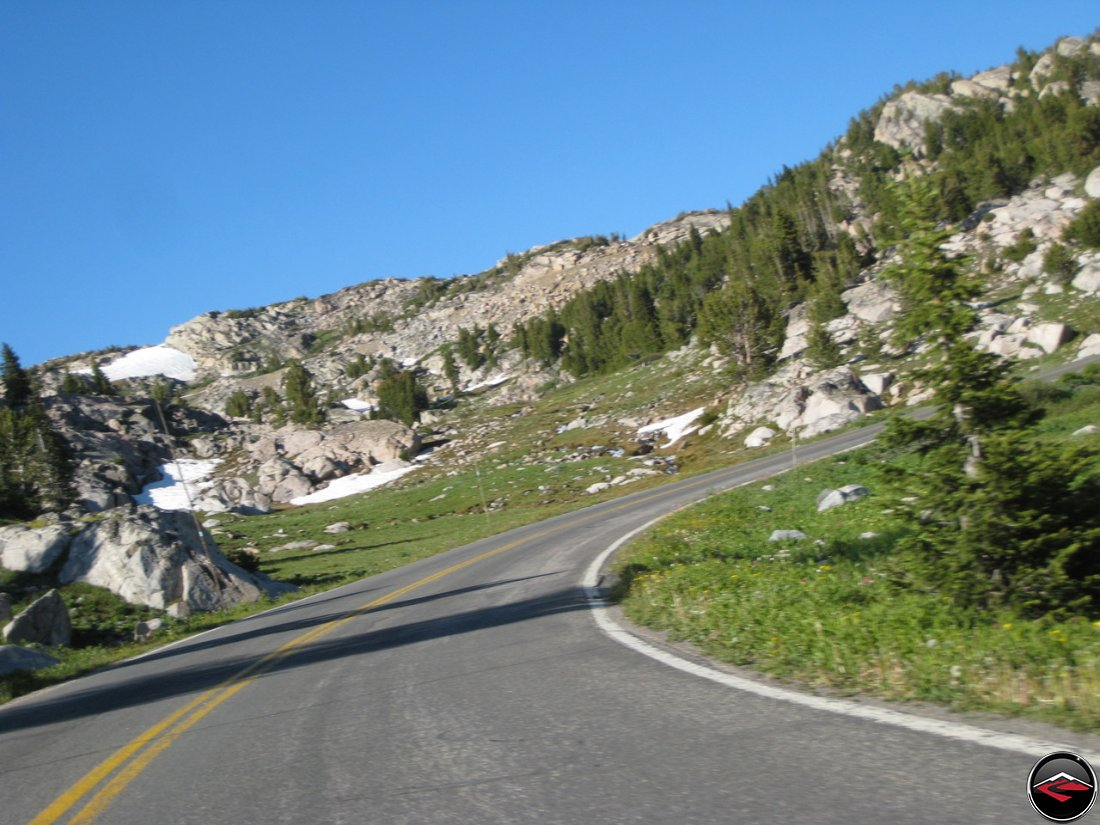 bear tooth pass road photo