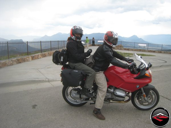 Dawn and Eric on the R1100S