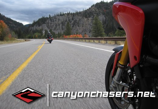 Multistrada Following the VFR1200