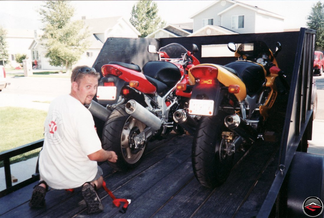 Trailering two superbikes suzuki tl1000s and honda vtr1000 superhawk