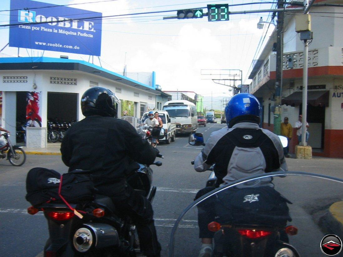 Moca, Dominican Republic, stoplight countdown, Rooble Pieza Por Pieza la Maquina Perfecta